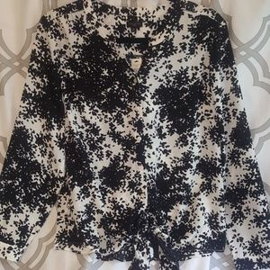 NWT Talbots LS White w/ Black Abstract Dots PL